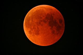 photo credit: Eclissi totale di Luna via photopin (license)
