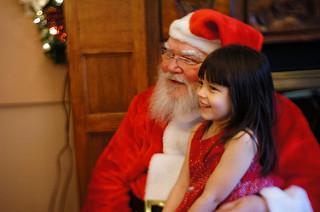photo credit: Lily and Santa at Courtrights - Xmas 2012 via photopin (license)