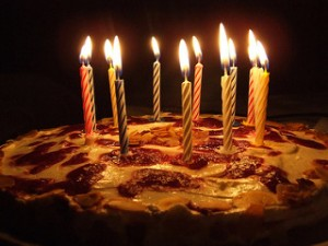photo credit: Birthday cake in Hamburg via photopin (license)
